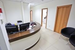 משרד להשכרה במגדל בסר