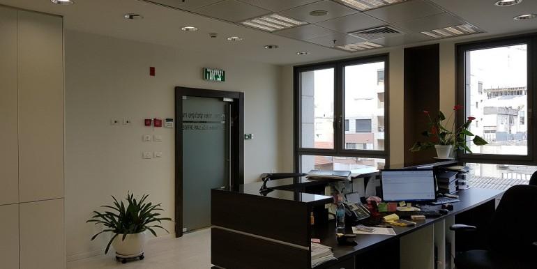 A-5 משרד