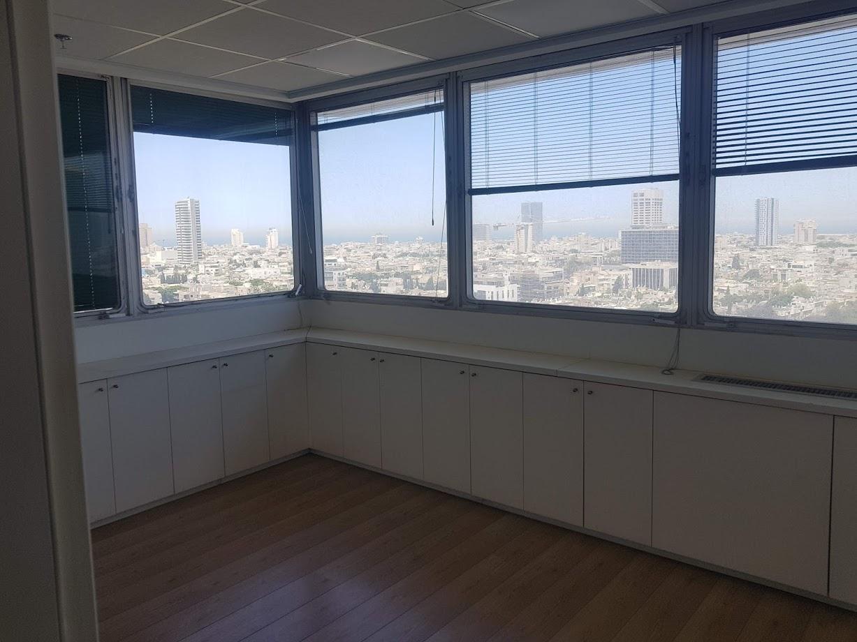 קומה שלמה בלב תל אביב