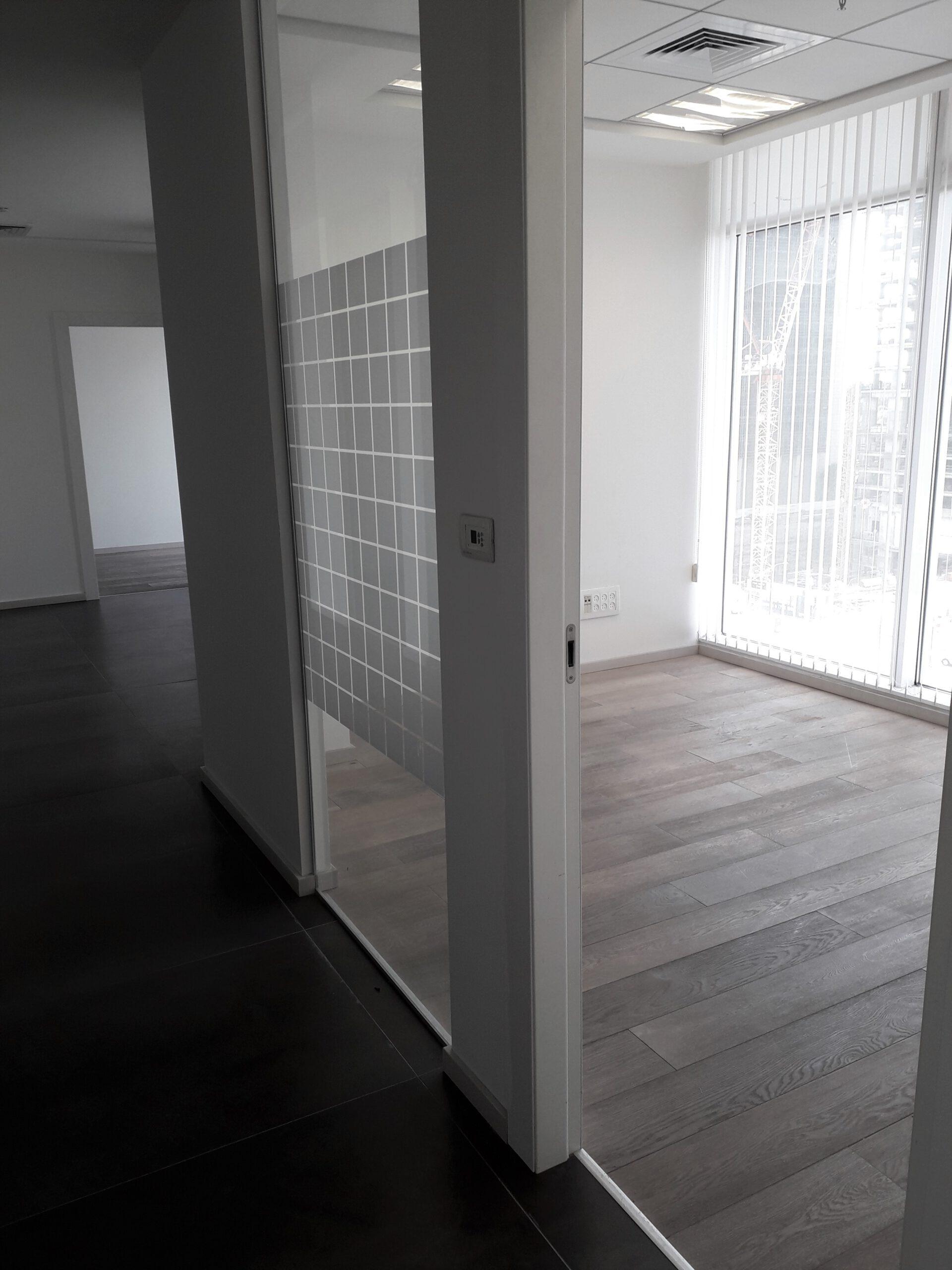 3 חדרים ענקיים להשכרה